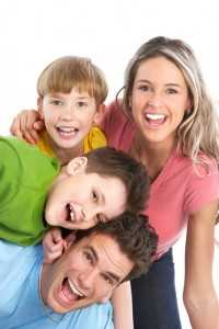 Palm Harbor dentist makes your family smiling